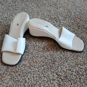 Super comfy white slides